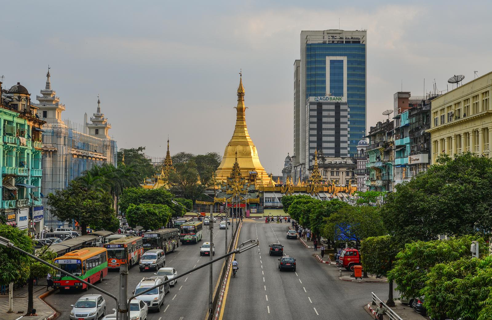 ヤンゴンのパゴダ