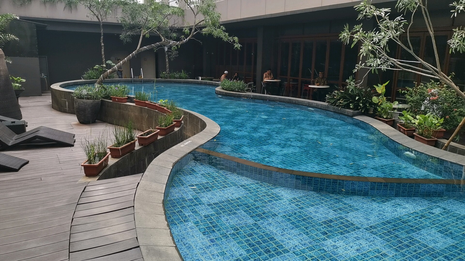 イビススタイルズジャカルタエアポートホテルのプール