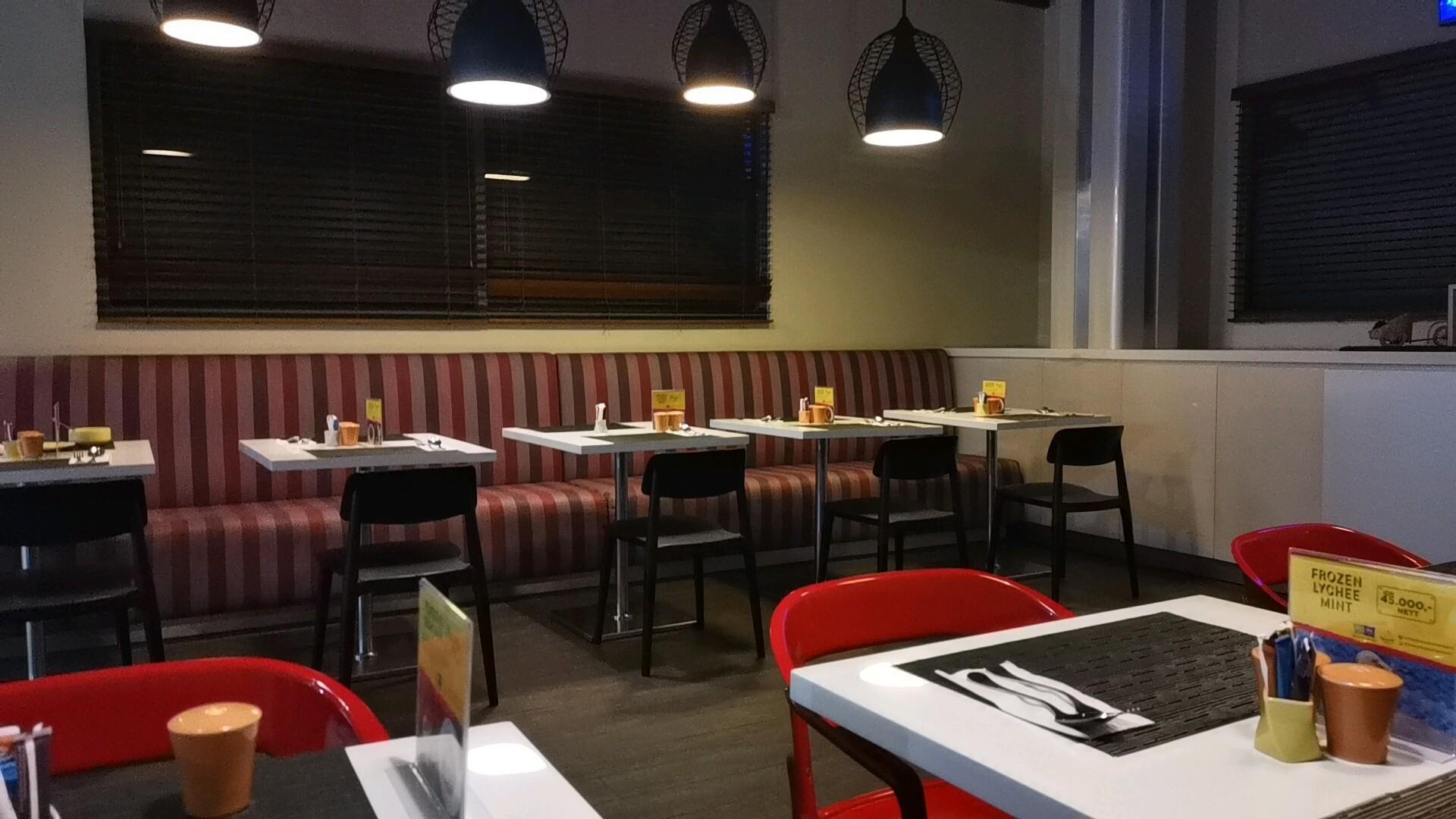 イビススタイルズジャカルタエアポートホテルのレストラン