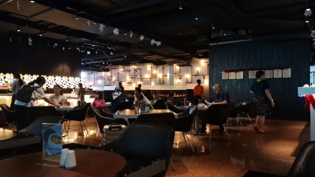 FM7リゾートホテルジャカルタエアポートの朝食会場