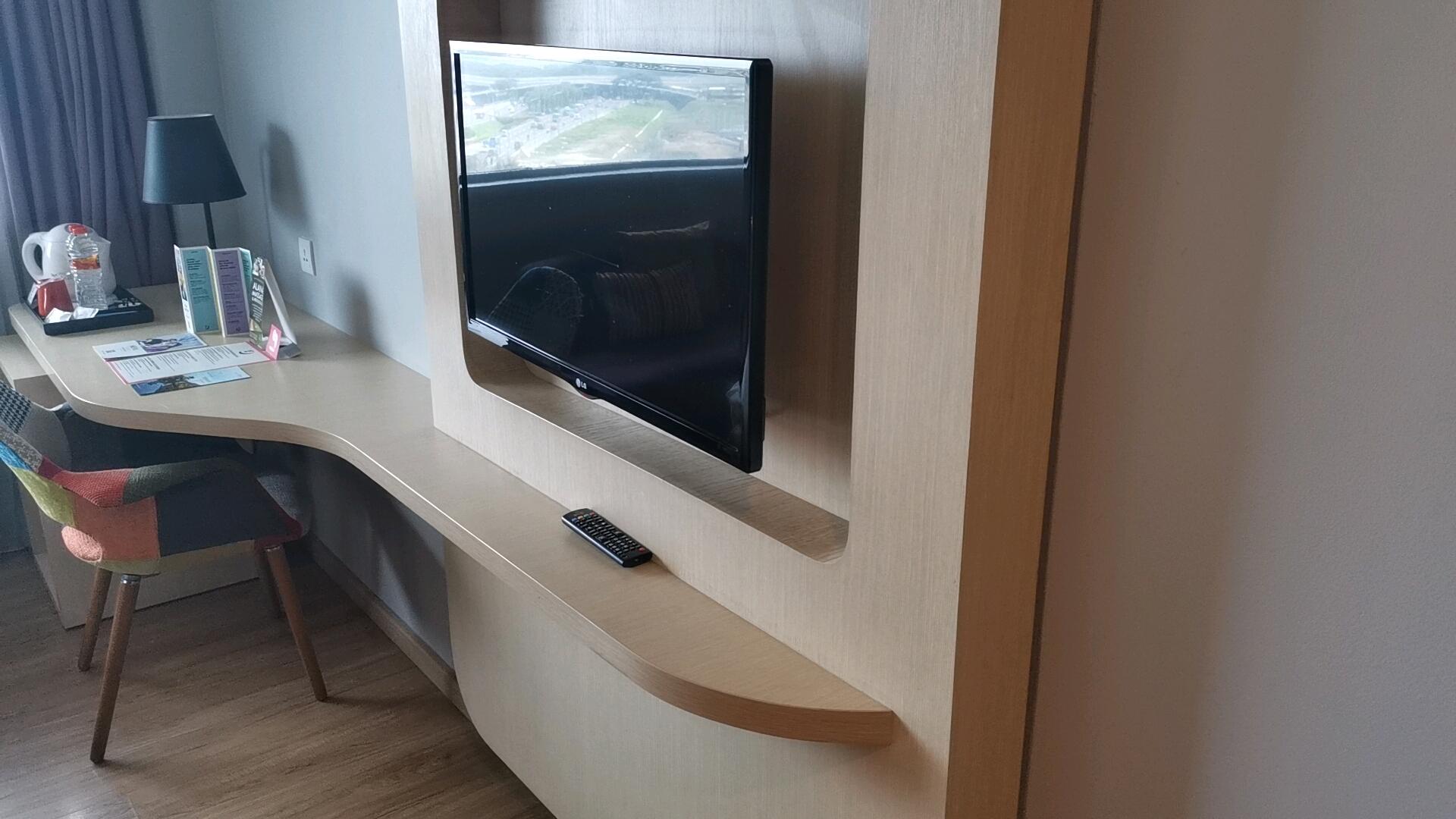 ホテルのテレビ