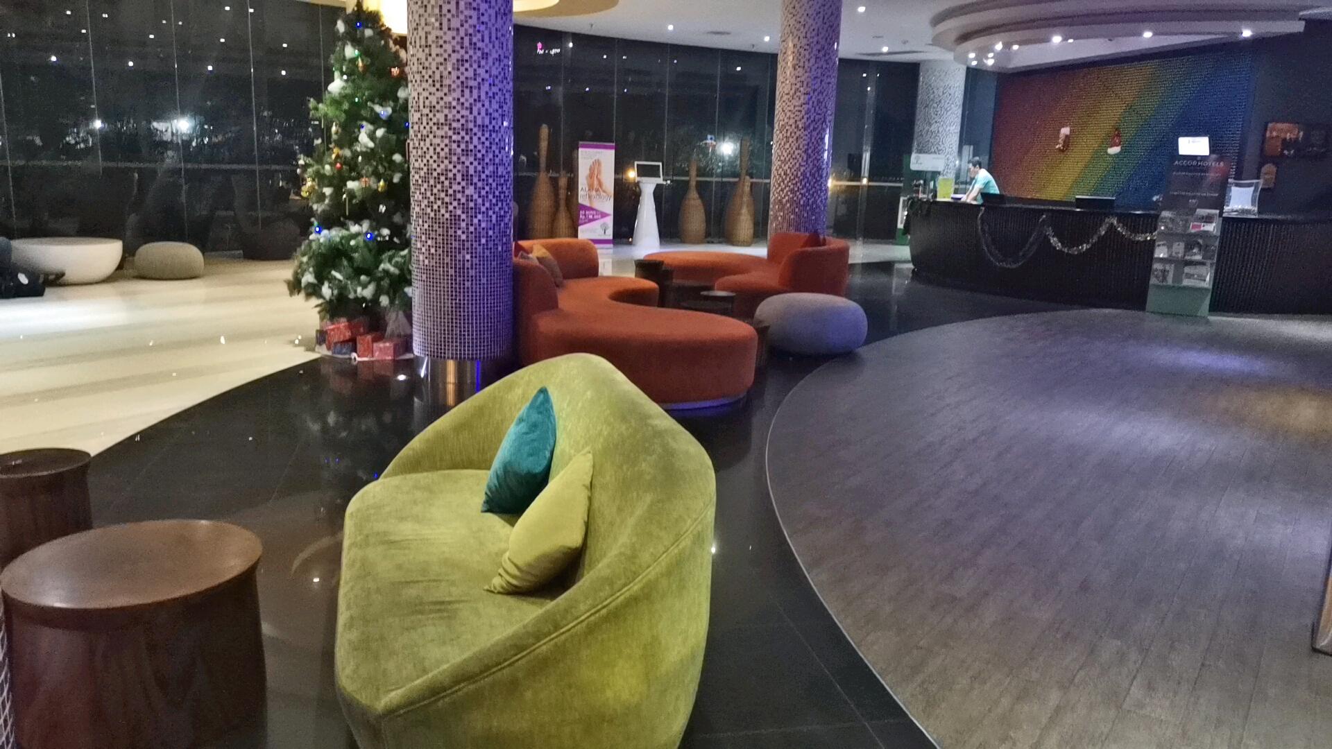 イビススタイルズジャカルタエアポートホテルのロビー