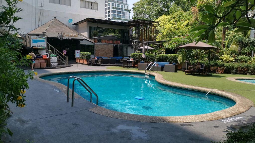タワナバンコクのプール