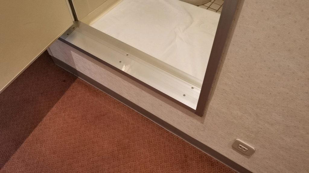 ホテルグリーンタワー幕張洗面所の段差
