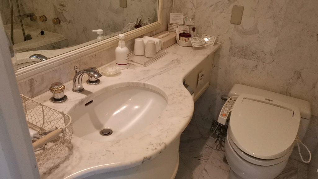 ホテルザマンハッタンのバスルーム