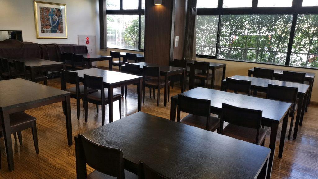 メイプルイン幕張の朝食会場